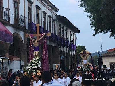 Procesión de los Cristos en Pátzcuaro, Michoacán