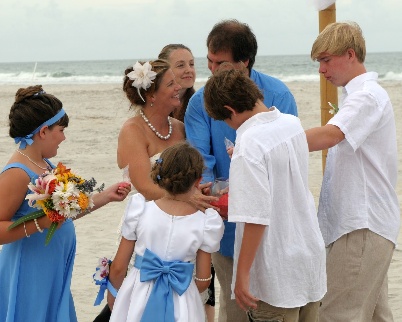 Family Blending Sand Bottles and Jars for Weddings -- add this fun idea to your wedding ceremony to celebrate your blended family.
