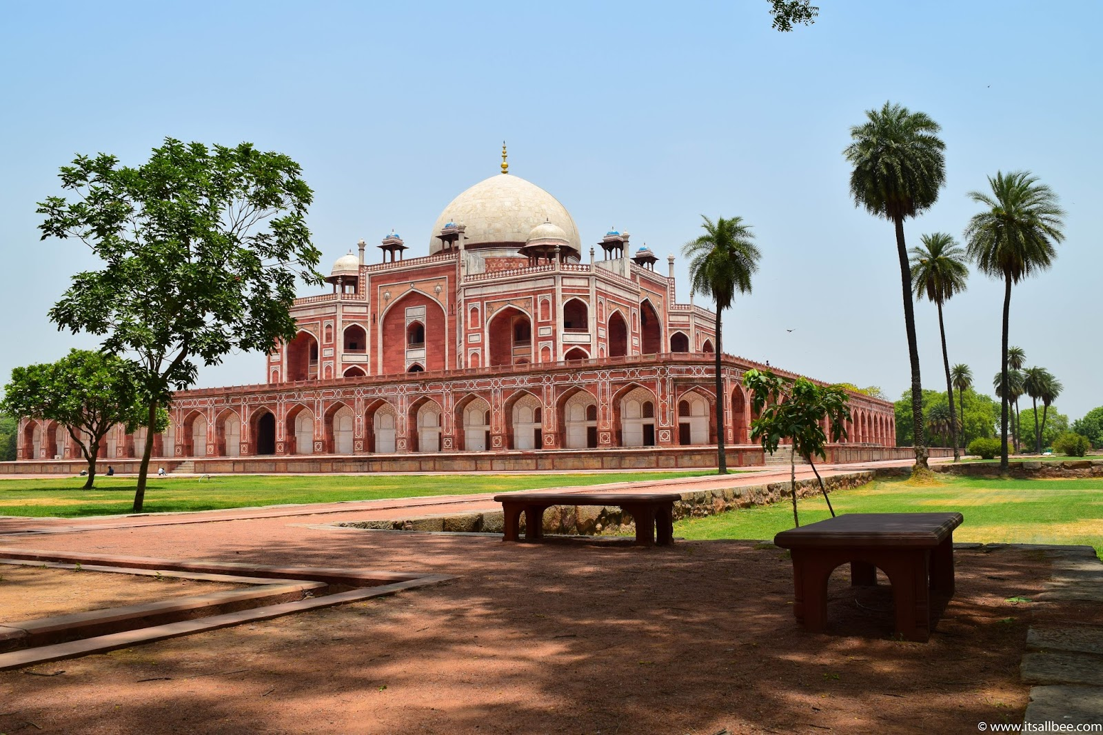 India - places to visit in Delhi with friends - Humayun's Tomb