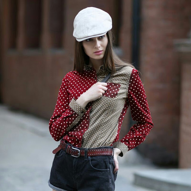 Elegant polka dot contrast shirt with denim