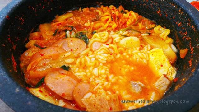 budae jjigae army stew korean