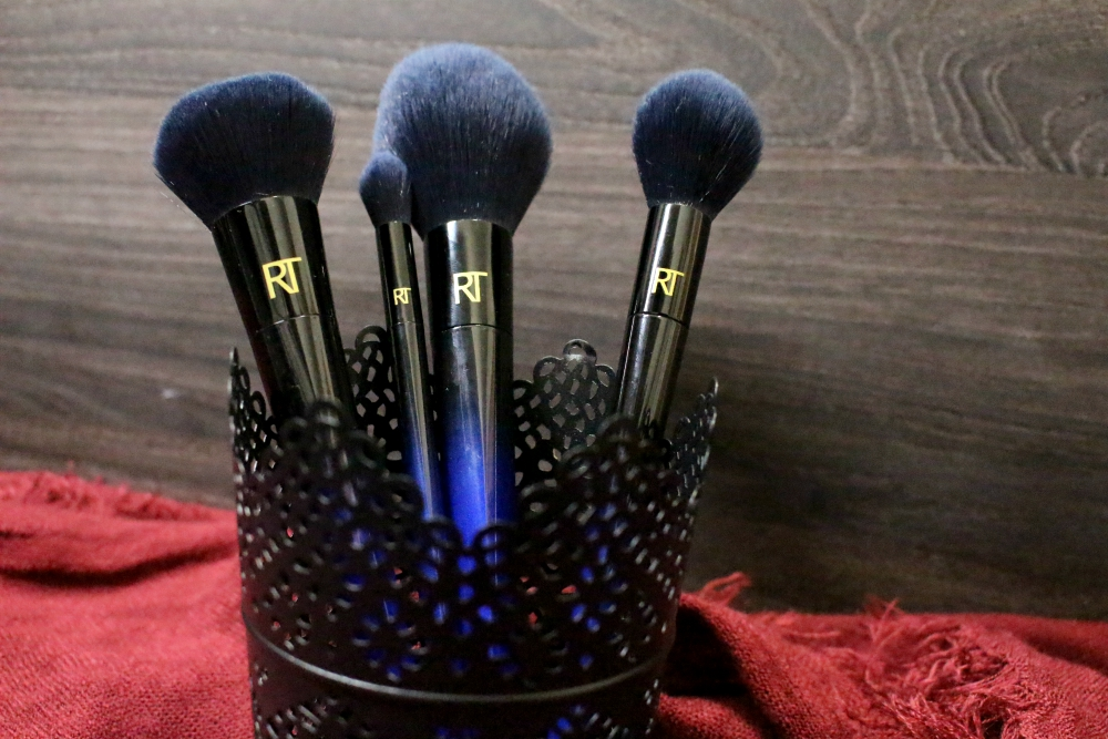 RealTechniques Powder Bleu Brushes