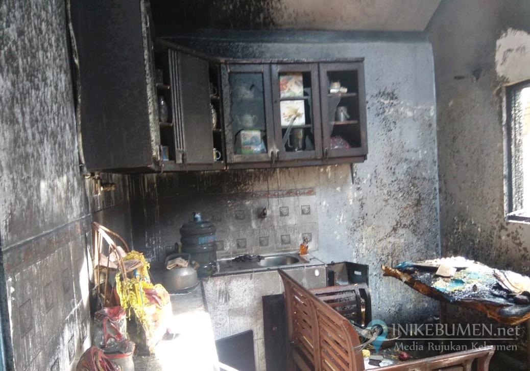 """Kebakaran di Kemit, Rumah Sujarwo Ludes Dilalap """"Sijago Merah"""""""