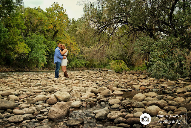 a scenic colorado photography of a couple for their engagement session