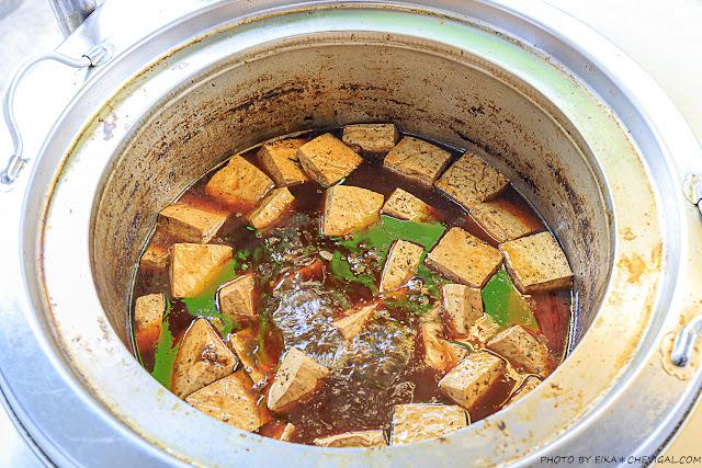 MG 8390 - 熱血採訪│陳記酥嫩臭豆腐最新力作,灶房麻辣川丸子香辣夠味!還有一個人也能獨享的酸菜白肉鍋!
