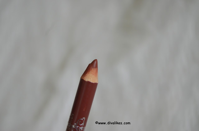 Wet n Wild Coloricon Lip Liner Chestnut / Marron 711 Pencil
