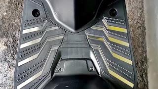 Pasang Foot Board Shield Guard pada Suzuki Address