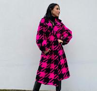 Vinci gratis un elegante cappotto con Blackout Store