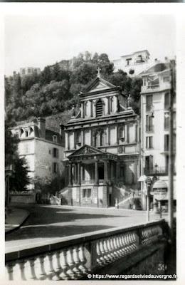 Vue de Royat, hier,  noir et blanc Royat, l'église du Sacré-Cœur.