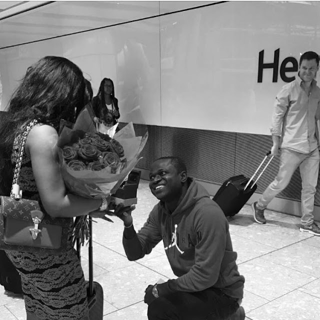 Popular Jeweler Malivelihood Proposes To Girlfriend Deola Smart With ₦56 Million Ring