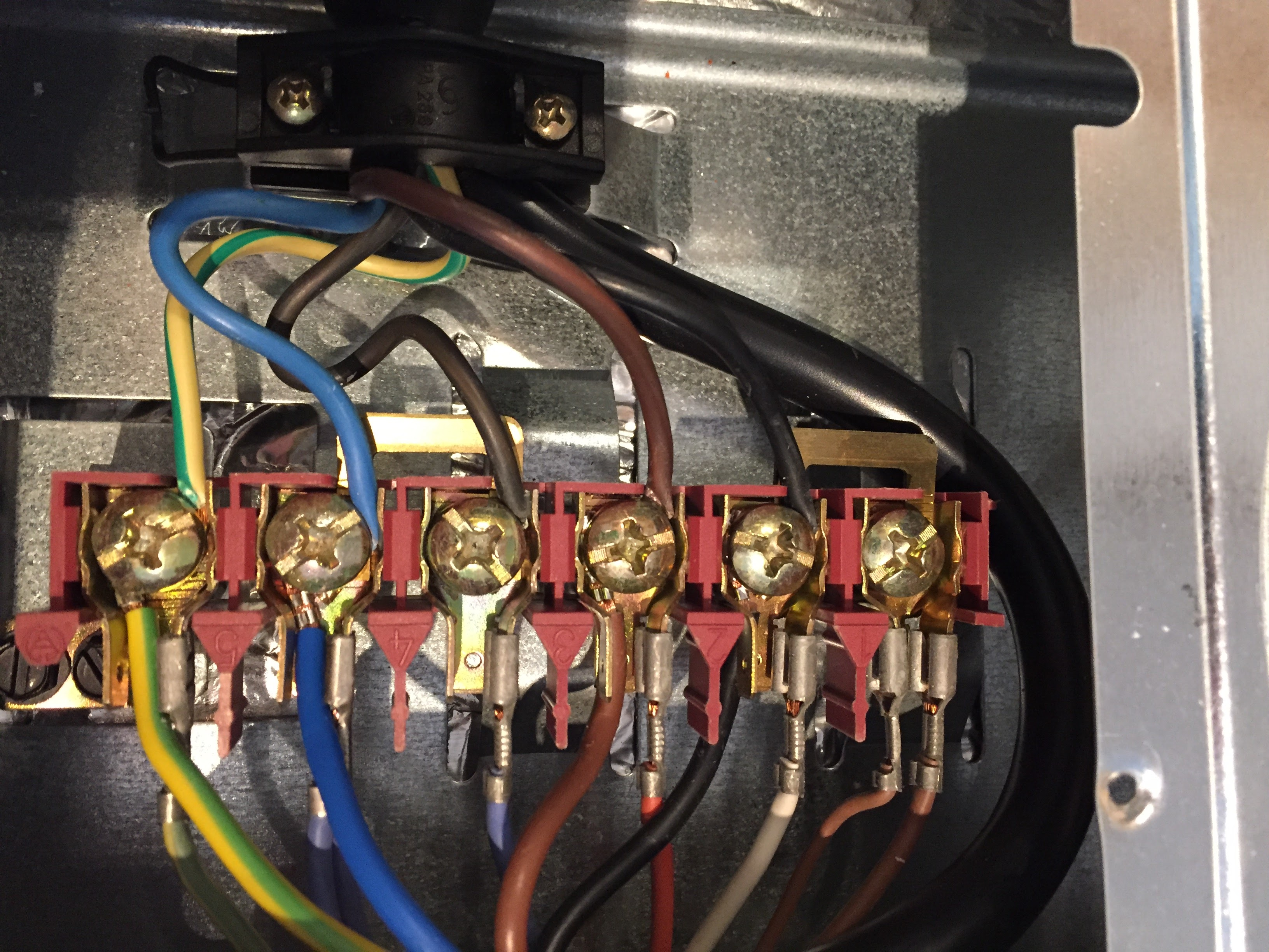Engineer In Athens  Installing A New Induction Hob To