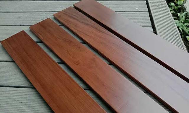 memperbaiki lantai kayu lapuk dan terlepas