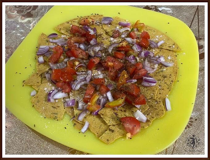 5 Minutes Healthy Breakfast Recipe: Khakhra Tart