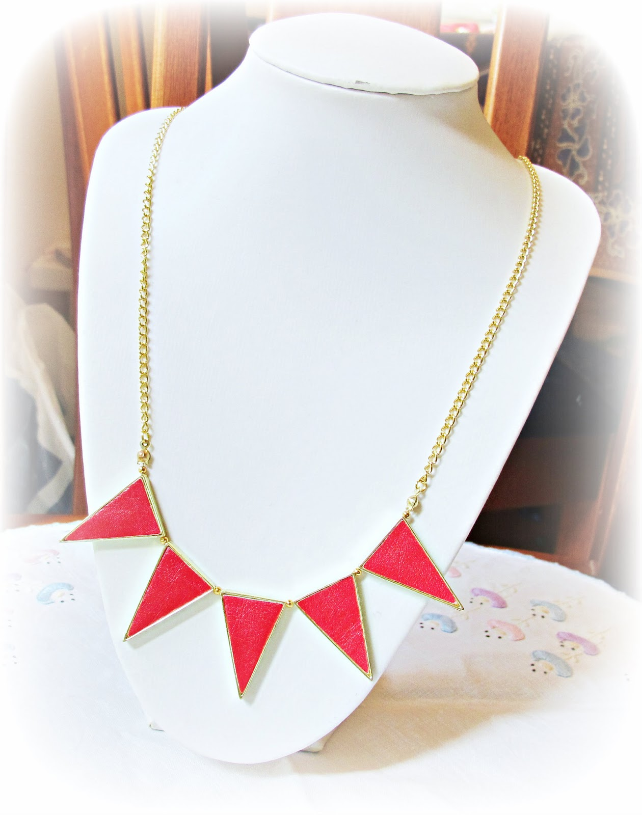 image tutorial diy bunting necklace refashion