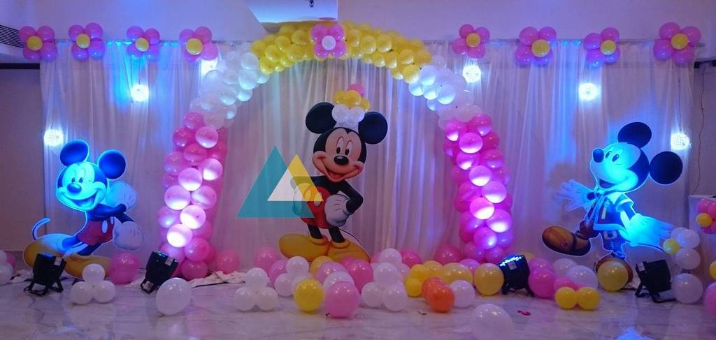 Mini party halls chennai first birthday party hall chennai for 1st birthday hall decoration