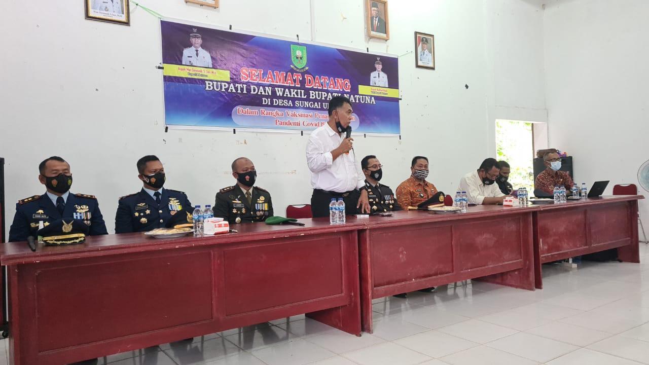 Bupati Natuna Tinjau Pelaksanaan Vaksinasi di Desa Sungai Ulu Kecamatan Bunguran Timur