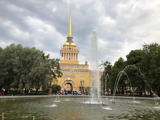 Almirantado - Alexander Garden - Saint Petersburg