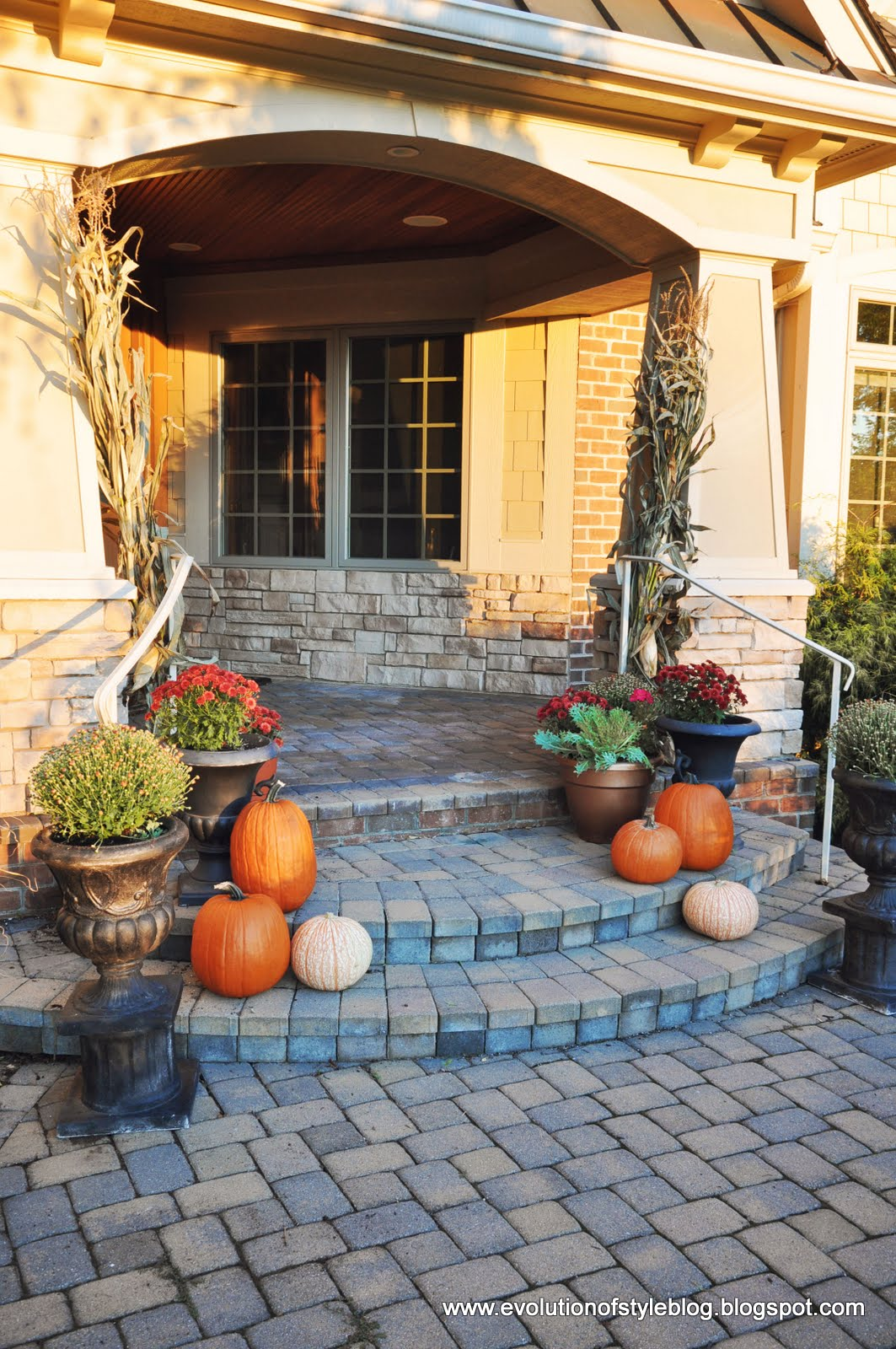 Outdoor Fall Decor - Evolution of Style on Fall Backyard Decorating Ideas id=87400