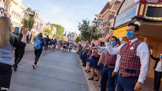 Reopening-Day-Disneyland-and-Disney-California-Adventure, 加洲迪士尼樂園, 迪士尼加州冒險樂園