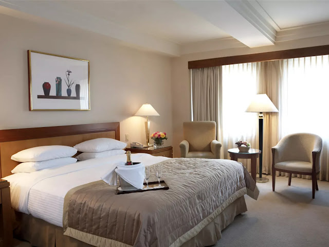 Discover The Kitano Hotel New York, a luxury hotel in New York City featuring world-class amenities, personalized guest services, and elegant rooms and suites in Midtown Manhattan.