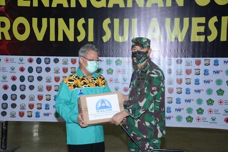Pangdam Hasanuddin, Terima Bantuan Sembako Dari Walubi Sulsel Untuk Warga Terdampak Covid -19