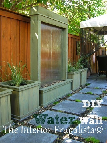 Vintage, Paint and more... The Interior Frugalista's DIY Water Wall