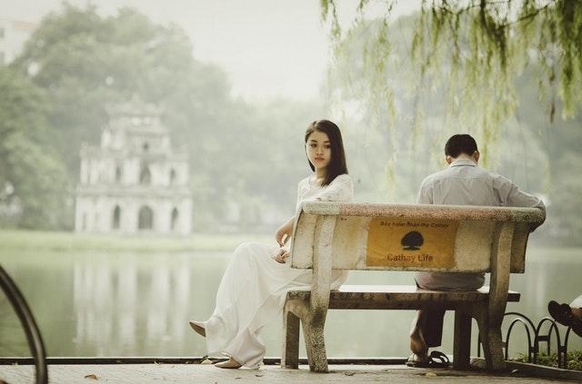 تجاهل, الحب, العشق, قصة حب, الرومانسية, كلام الحب, حياة زوجية, دقات القلب, رجل, إمرأة