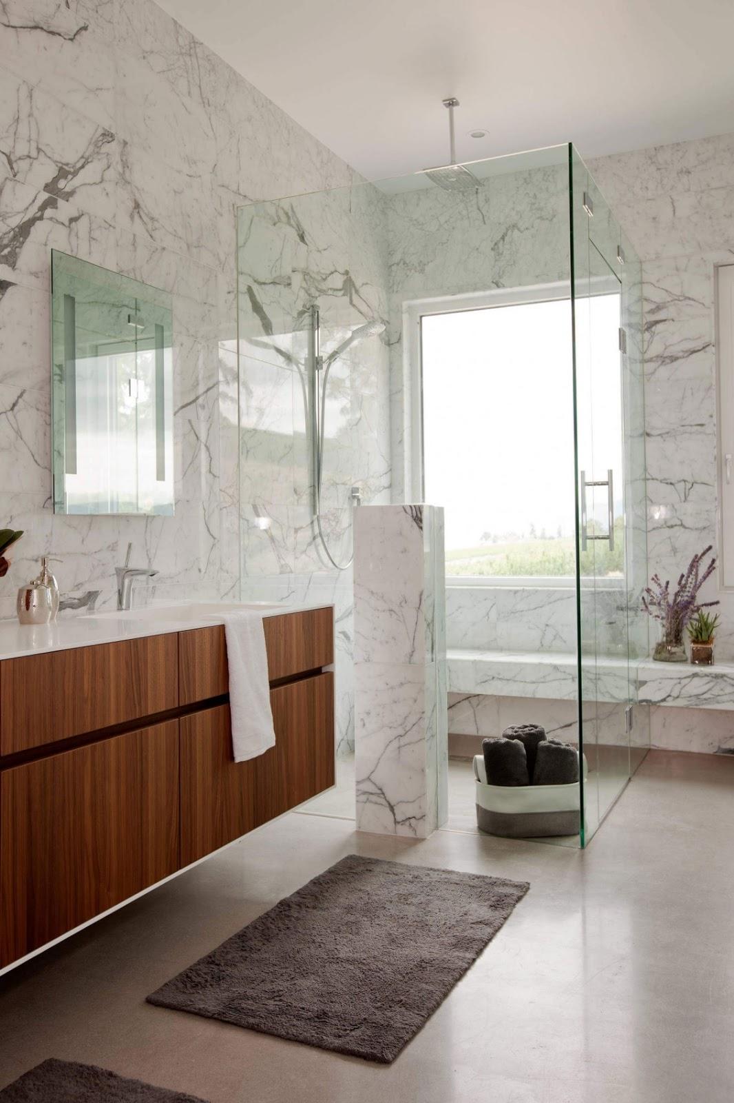 Banheiros de Mármore  Design Innova -> Decoracao De Banheiro Pq