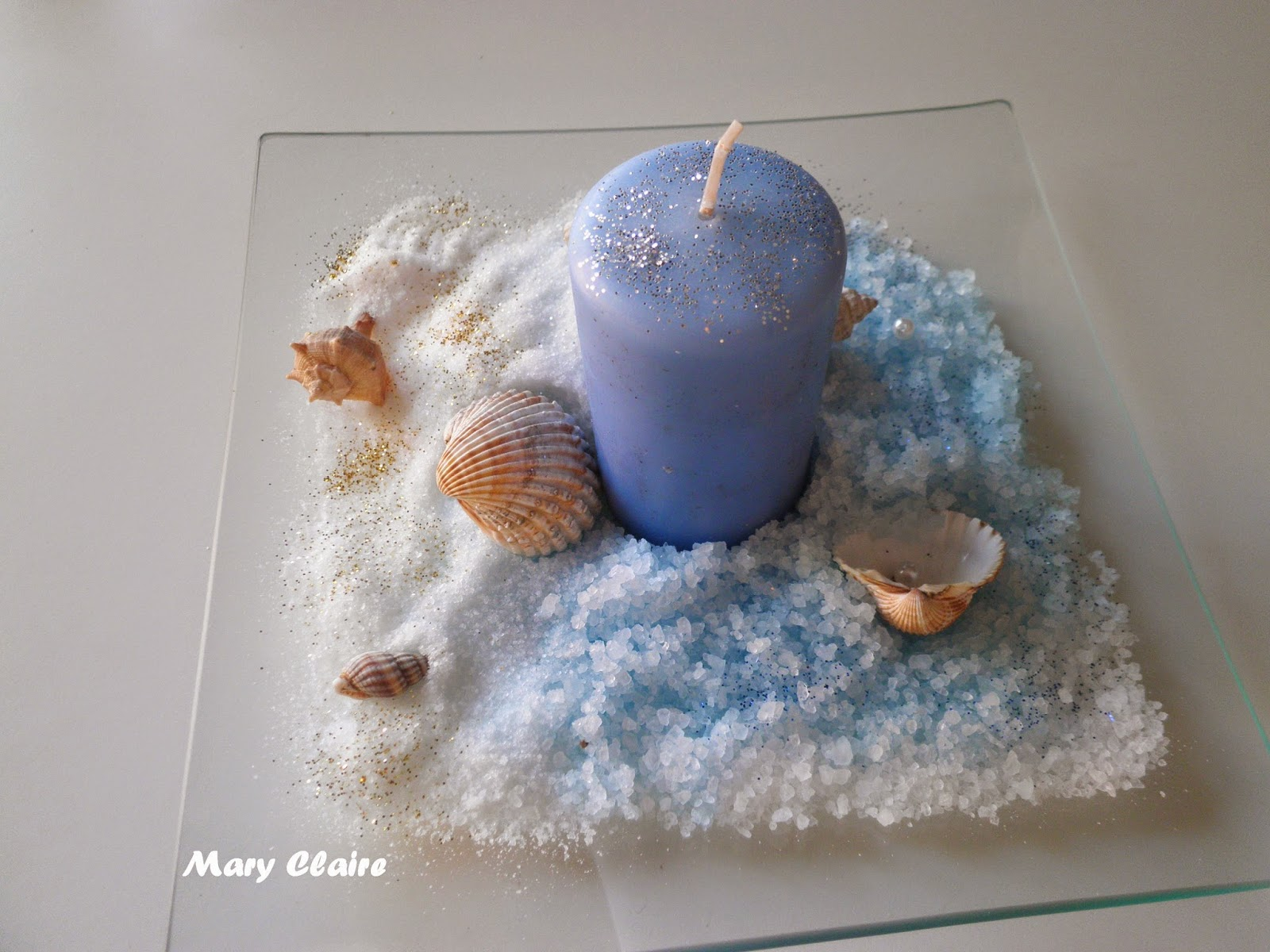 Mamma aiuta mamma lavoretti con sale e gessetti colorati - Tavola azzurra 3 ...