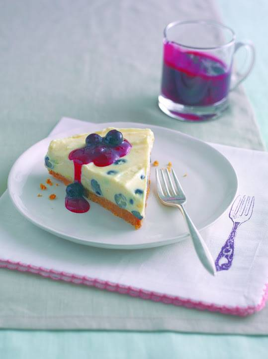 Easy Peasy Lemon And Blueberry Tart: Tasty Treats