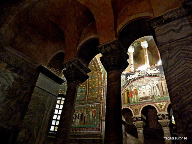 Mosaicos bizantinos na Basílica de San Vitale, em Ravena, Itália