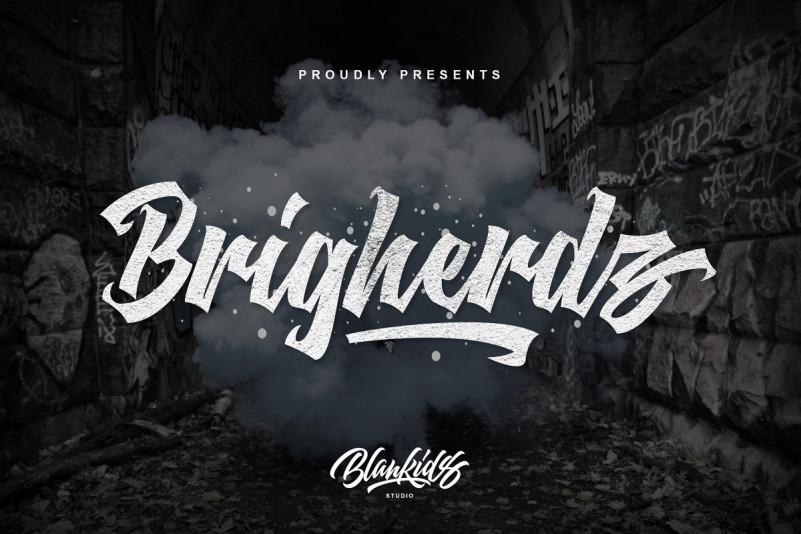 Brigherdz Font - Free Modern Blackletter Typeface