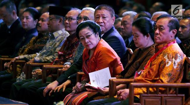 Megawati: Saya Ketawa Aja Ketika Ada Cerita Ma'ruf dan Mahfud MD
