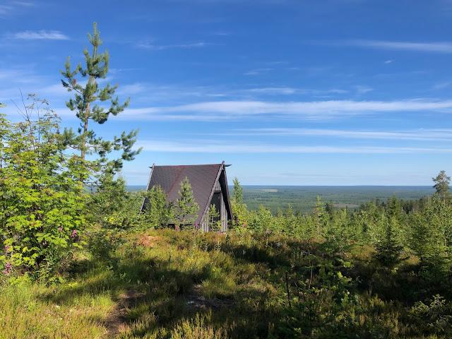 Erikoiset majoitukset Suomessa - Jättiläisenmaa