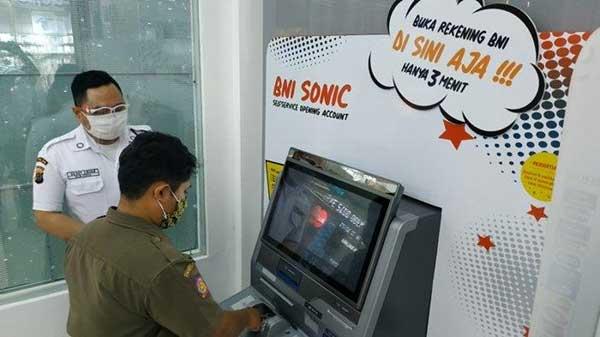 Bisakah Buat Kartu Debit BNI di Mesin ATM BNI SONIC?