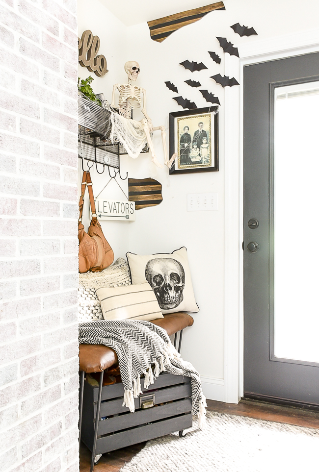 Spooky and thrifty Halloween decorating ideas