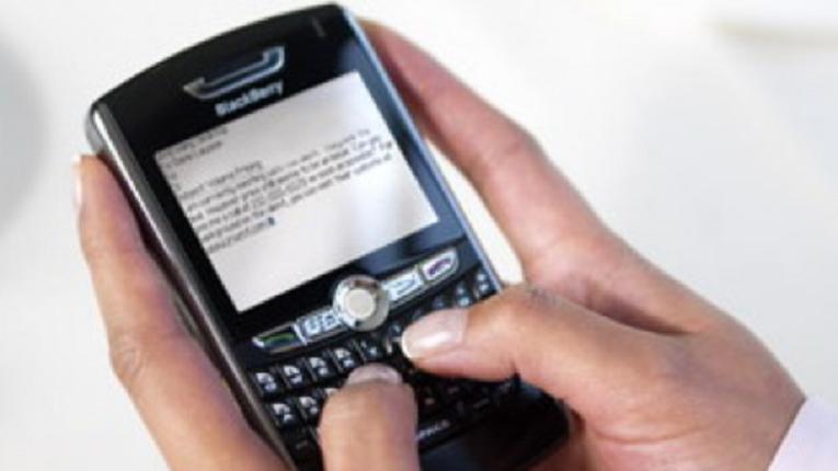 Cara Mudah Mengganti PIN dan IMEI Handphone BlackBerry