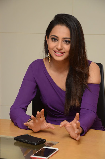 Rakul Preet Singh at Dhruva Movie Press Meet photos