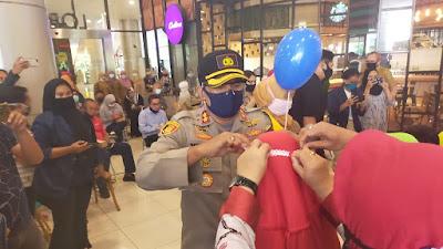 Sambut Hari bhayangkara ke-74, Polres Cilegon bersama Forkopimda Cilegon Kampanye Penggunaan Masker
