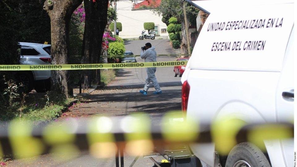 Comando armado ejecuta a dos agentes en Cuernavaca