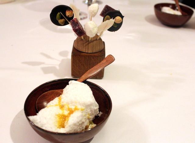 Coconut mousse and lollipops