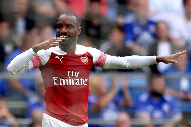 Lacazette cân nhắc khả năng rời Arsenal