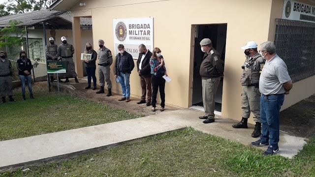 Solenidade marca a entrega da nova viatura à Brigada Militar de Cristal do Sul.