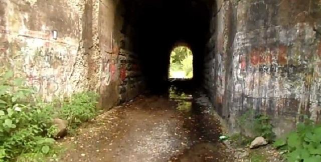 Ο ανατριχιαστικός αστικός μύθος του τούνελ των «ουρλιαχτών» (βίντεο)