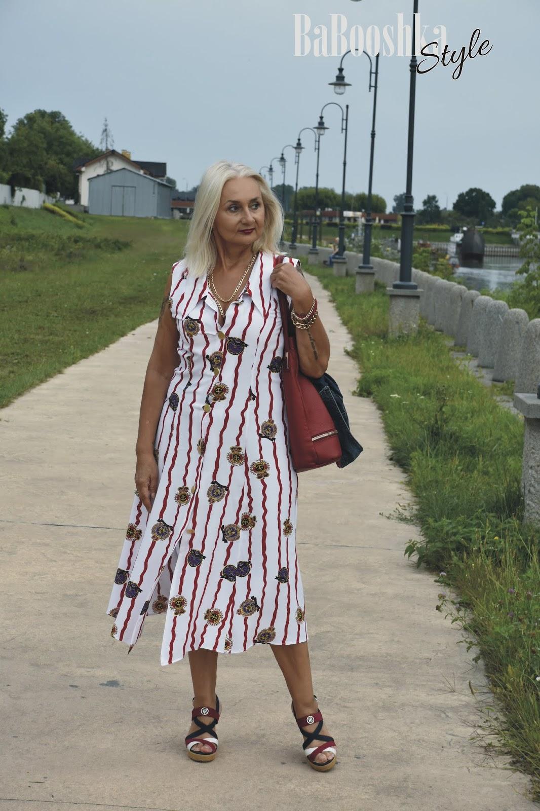 Babooshkastyle, polecam, Tommy Hilfiger, Footway, rozpinana sukienka,  sukienka w marynarskim stylu, over50blogger, stylistka, #personal stylist, marzena walczak stylist