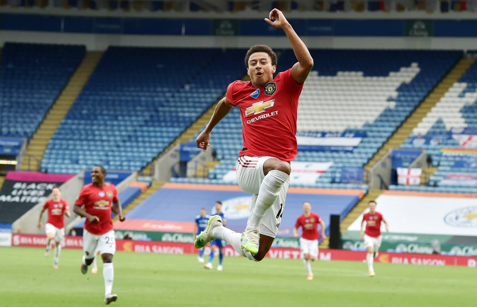 Jesse Lingard celebrates his goal against Leicester