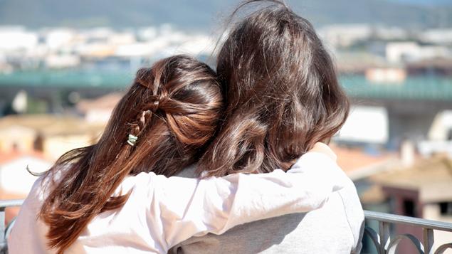 Sahabat Dan Dunia Yang Adil