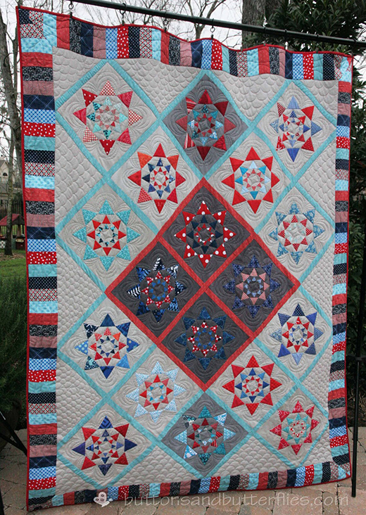 ET Phone Home Quilt made by Heidi Grohs of Buttons and Butterflies, The Tutorial by Lynne from Lily's Quilts
