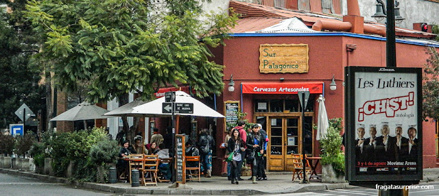 Bar no Bairro Lastarria, em Santiago