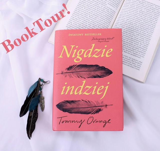 """Book tour z """"Nigdzie indziej""""!"""